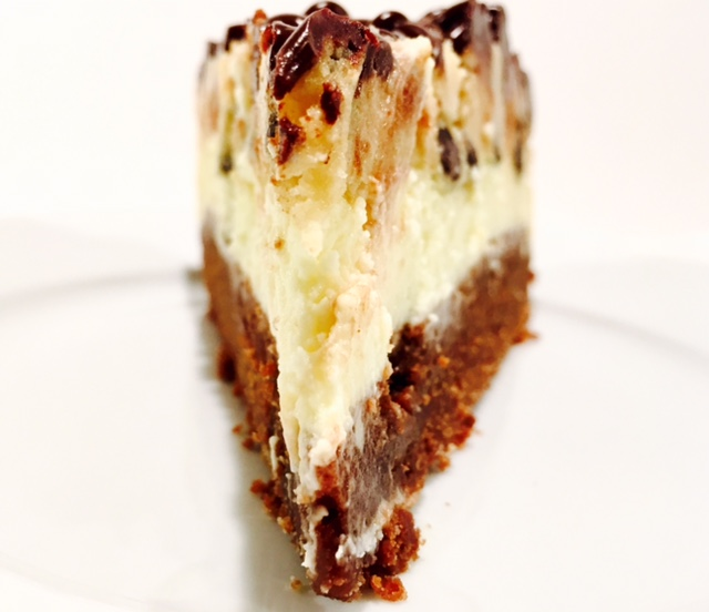 Brownie Cheesecake mit Cookie Dough_vorne